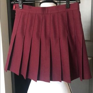 American Apparel merlot pleated skirt S